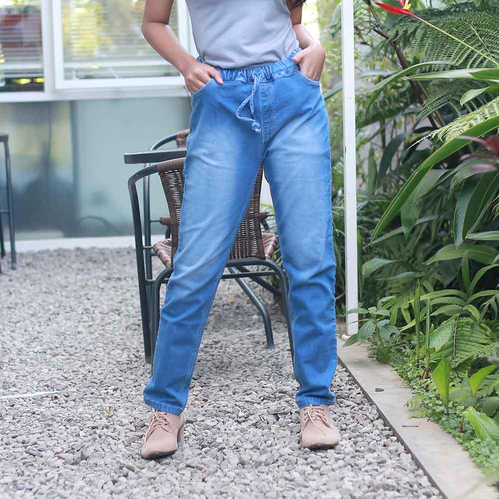 Inficlo Wanita Celana SMA INF 170