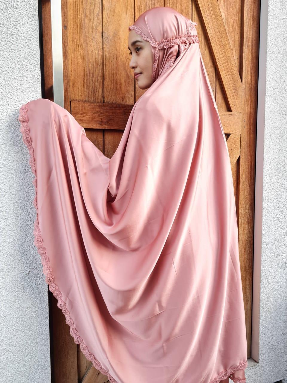 Prayer Robe Basheera